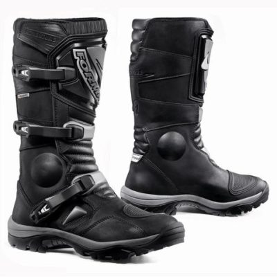 forma-adventure-boot-black-1