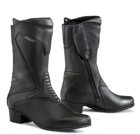 forma-ruby-boot-black-1