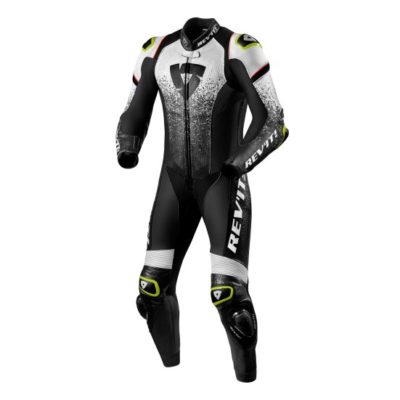 revit-one-piece-quantum-white-black-1