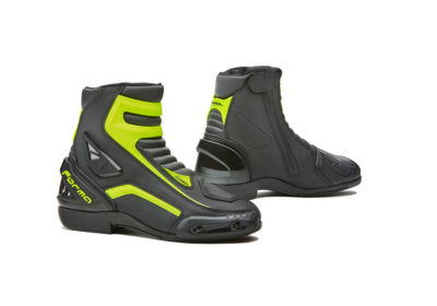 forma-axel-boot-white-black-yellow