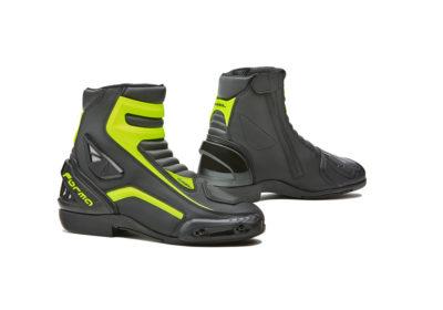 forma-axel-boot-white-black-yellow