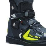 forma-predator-2-0-anthracite-yellow-2