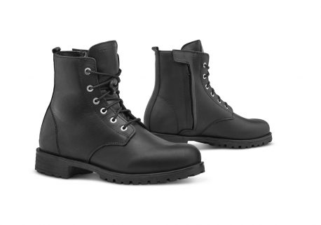 forma-crystal-boots-black-ladies