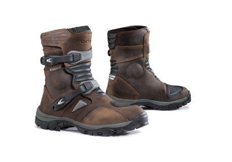 forma-adventure-low-boots-brown