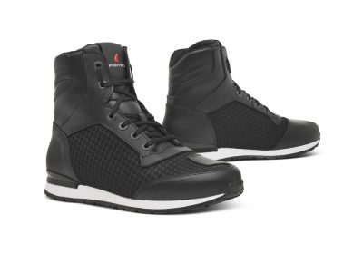forma-one-flow-shoes-black